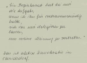 handschriftlicher Bericht. Der Floridsdorfer Bezirksvorsteher erklärte der grünen Bezirksrätin Flora Neuberger ihre Aufgabe.