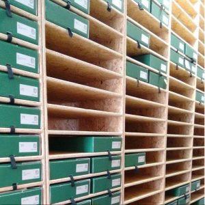 309-archiv-regale1